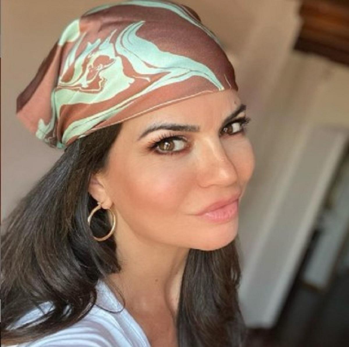 Laura Torrisi foto topless fan incantati vacanza Sicilia