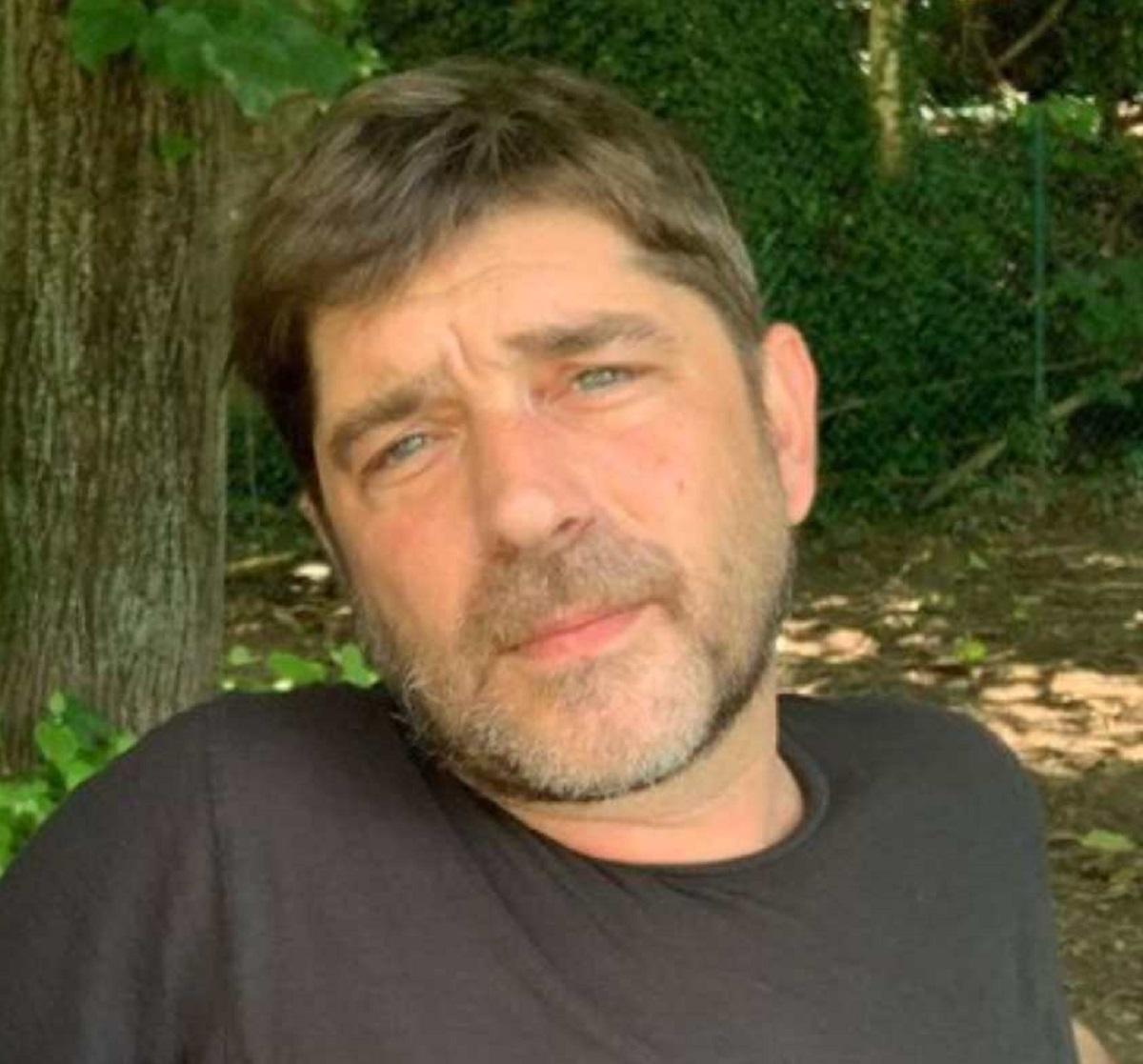 Libero De Rienzo morte 44 anni indagine pista droga
