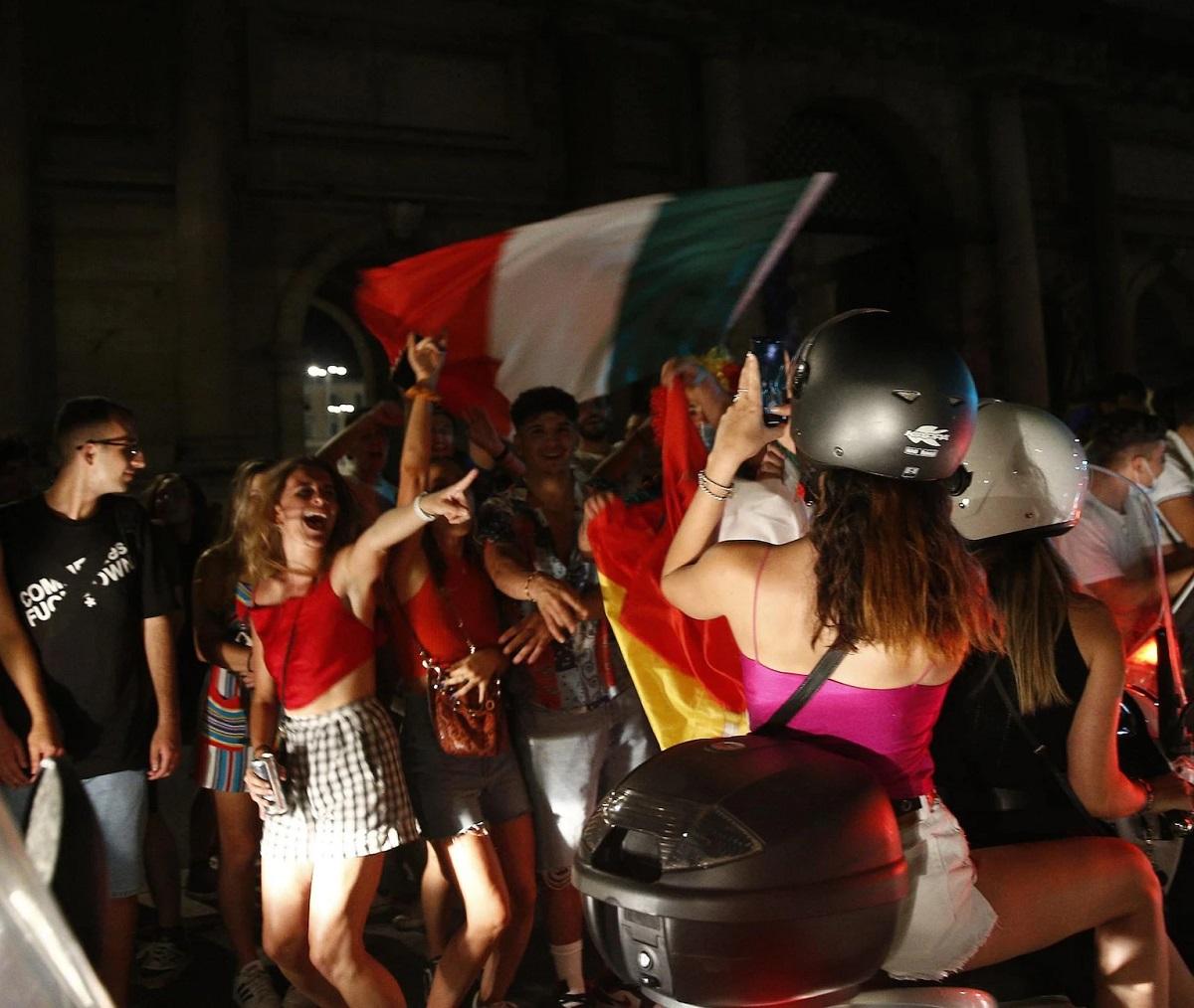 Roma focolaio Covid partita Italia Belgio 73 contagi