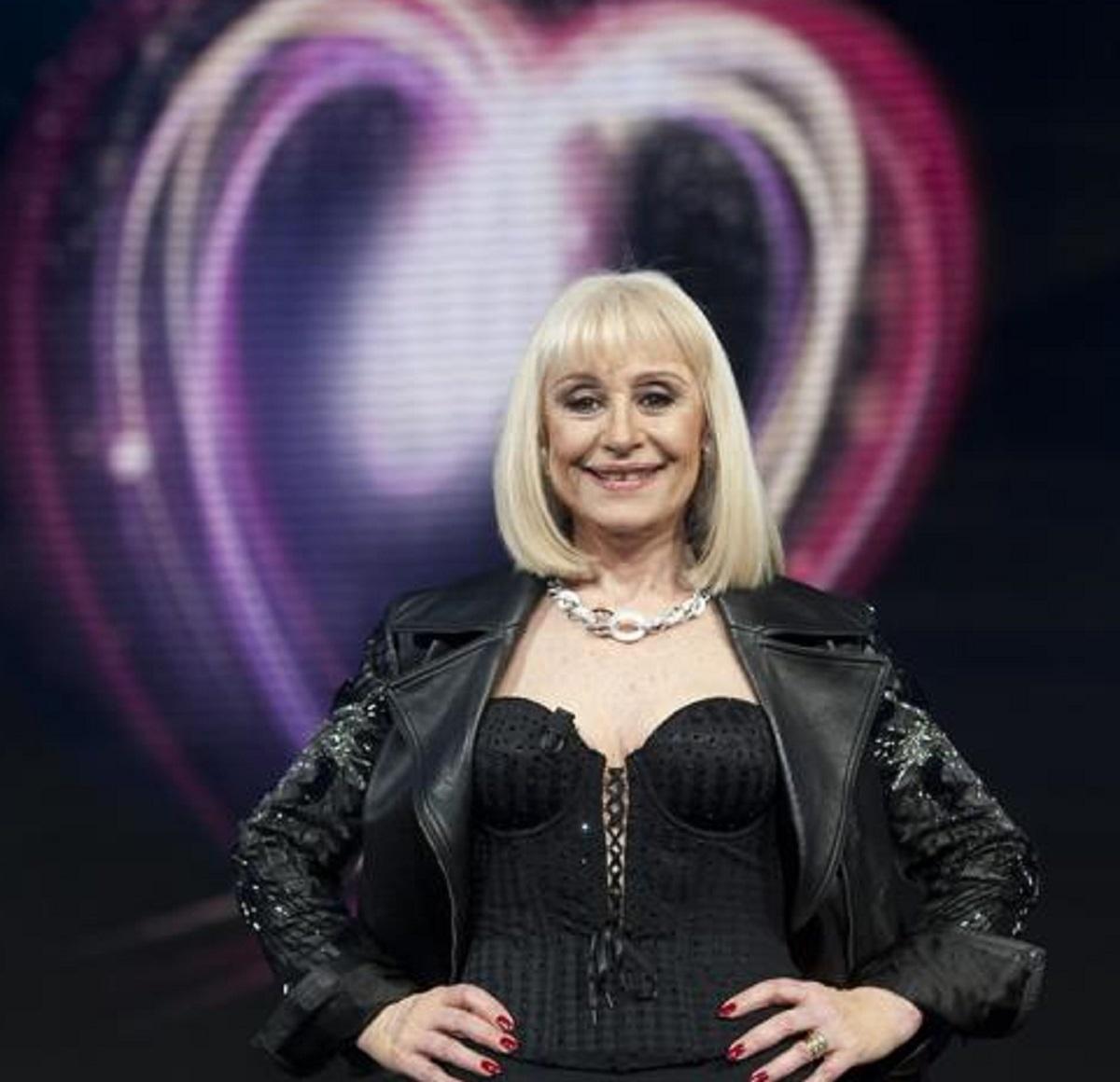 Raffaella Carrà ultima donazione foto segreto
