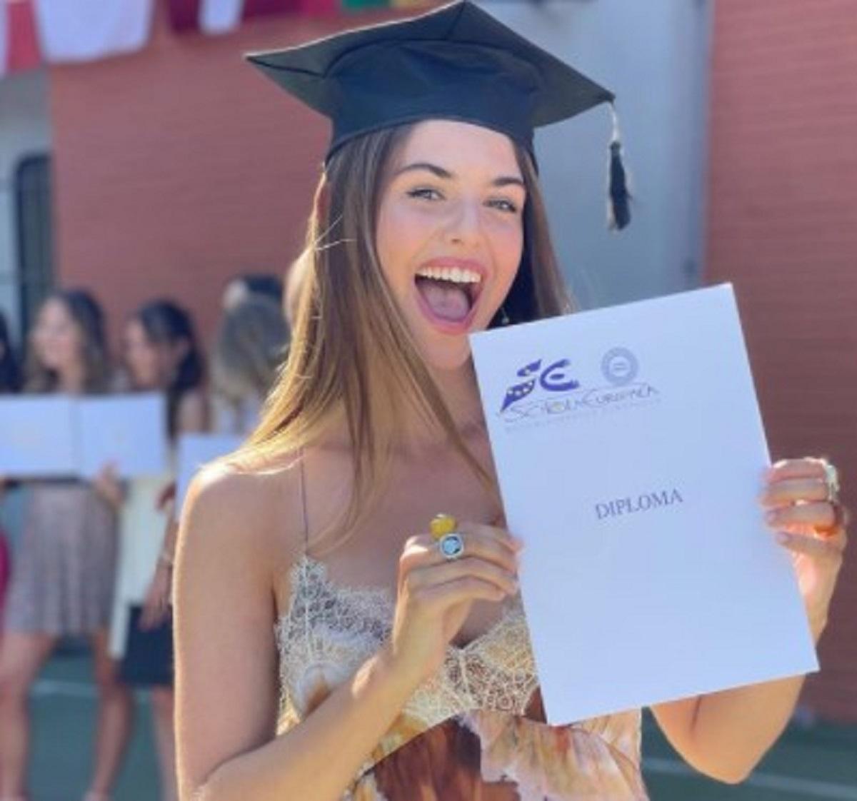 Daniele Bossari Filippa Lagerback diploma Stella figlia