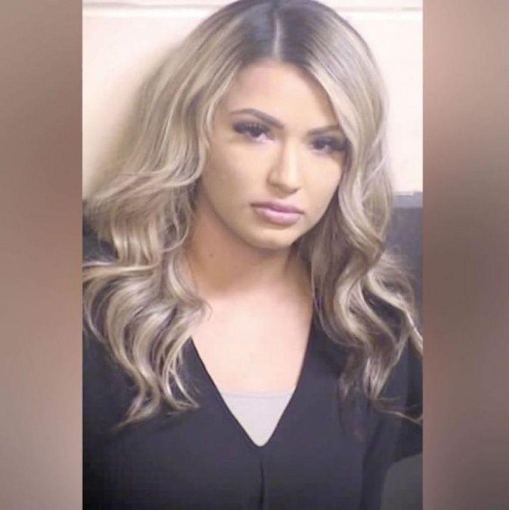 Tina Gonzalez detenuto pantaloni
