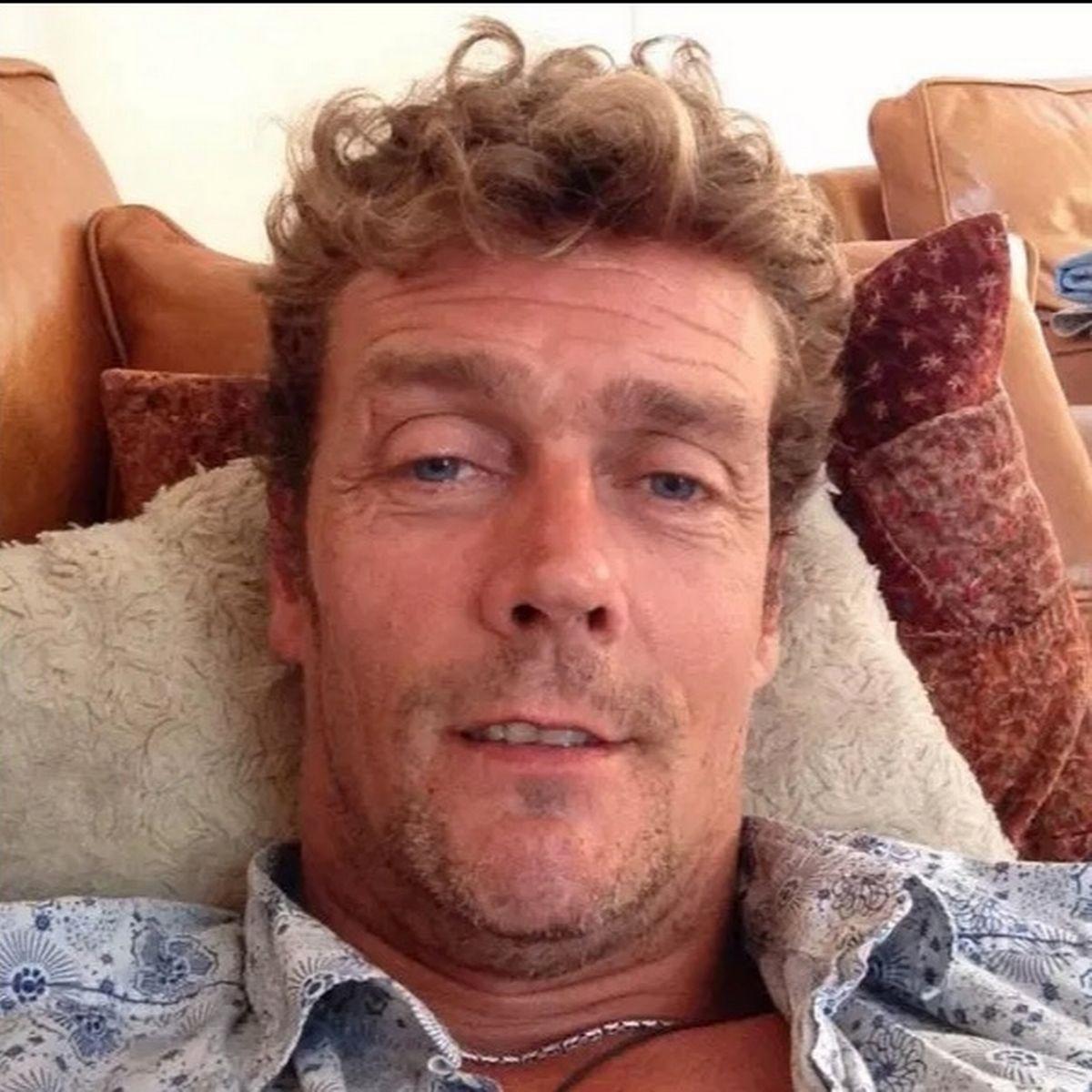 Toby Kirkup attore morto 48 anni infarto