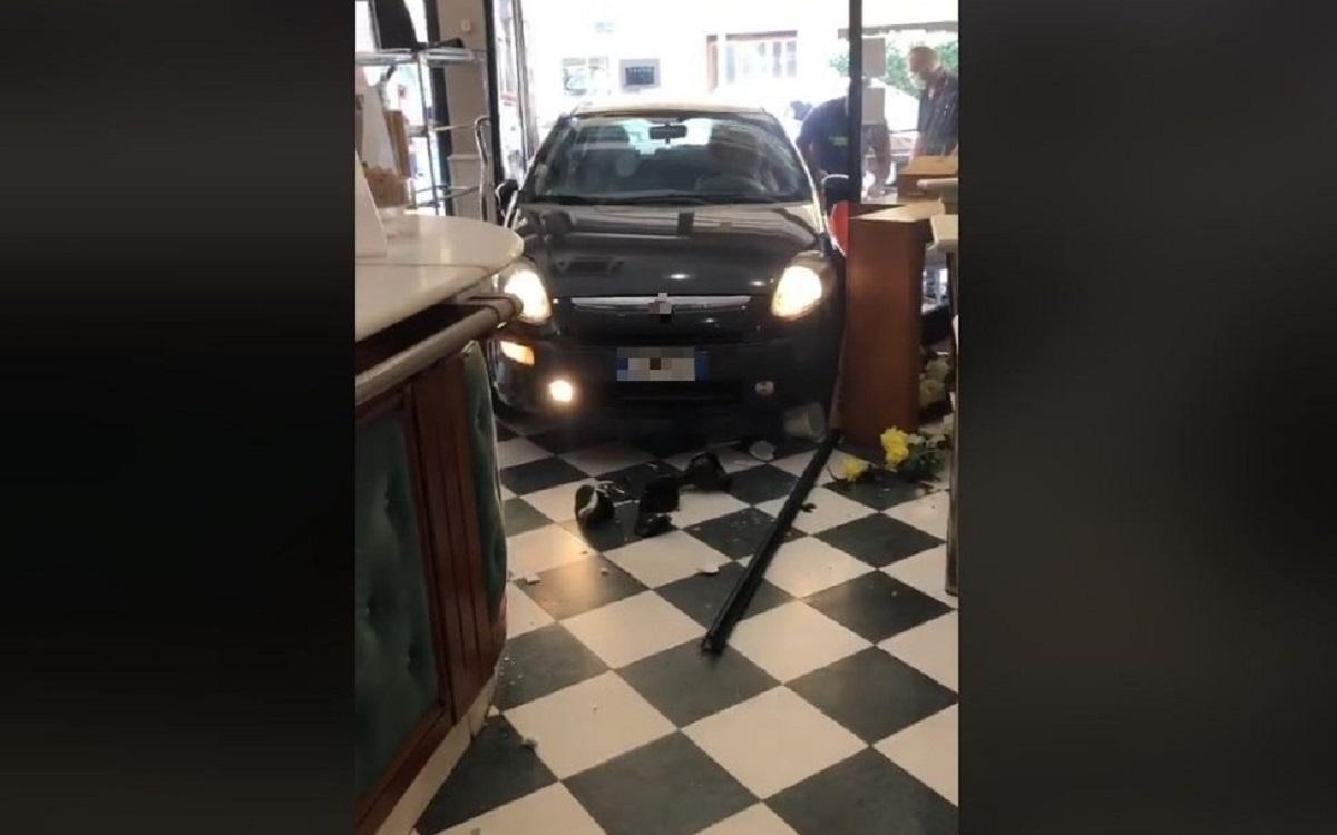 auto lecce bar