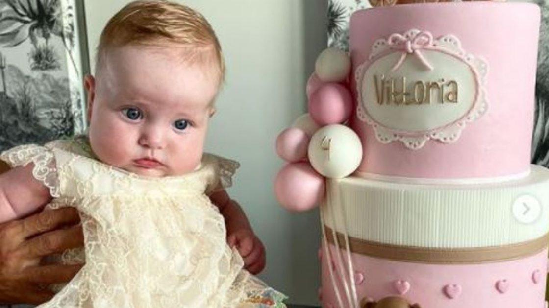 chiara ferragni figlia vittoria 4 mesi look gucci