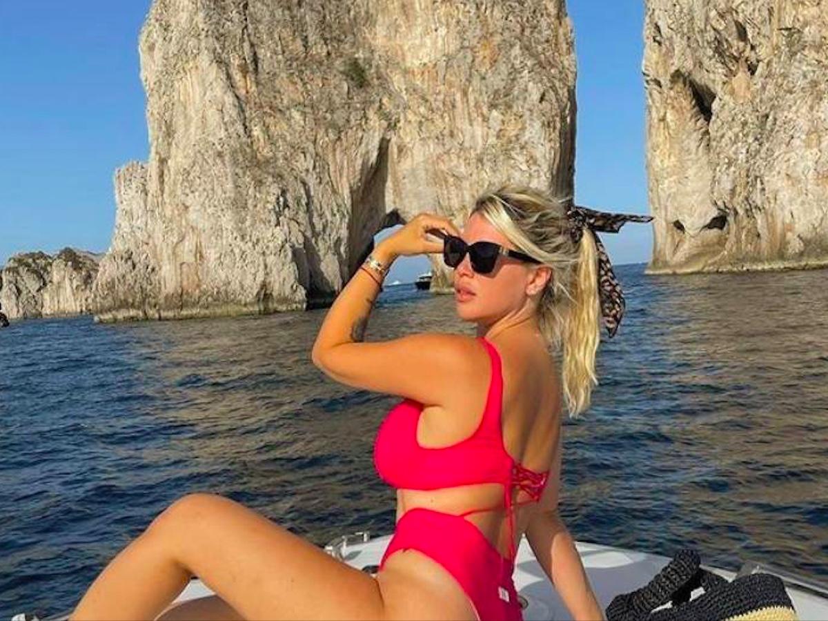Wanda Nara vacanza lusso Capri al Quisisana
