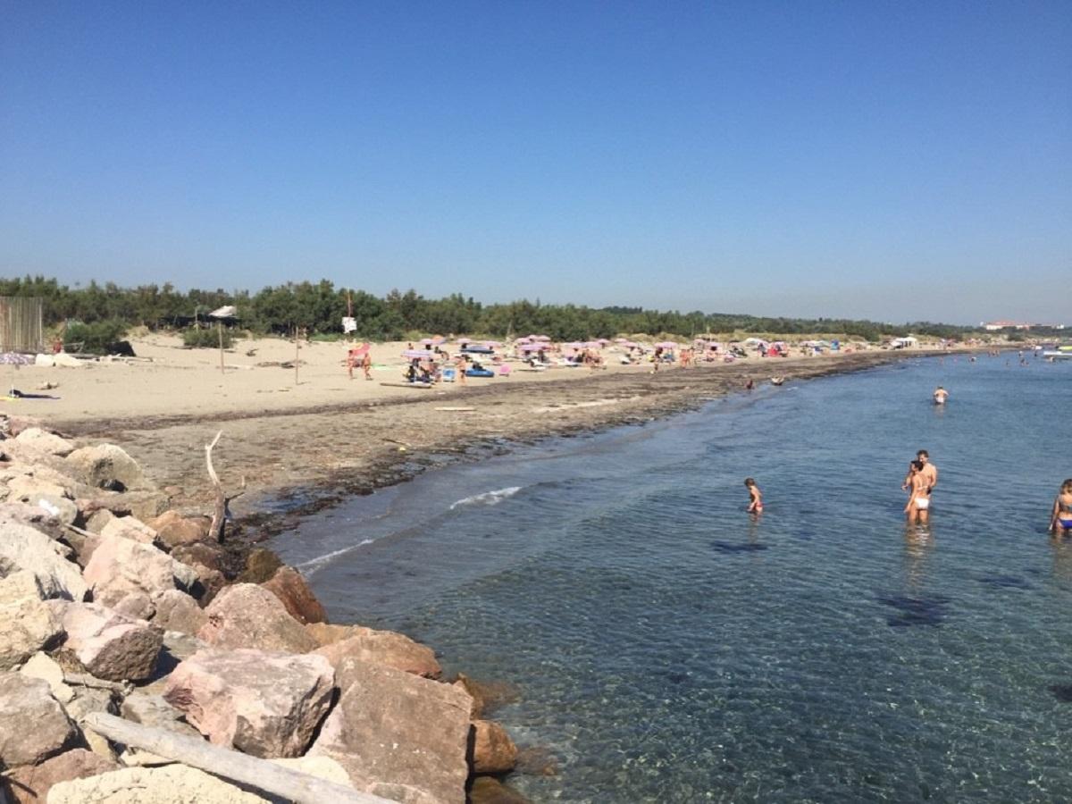 Venezia spiaggia Alberoni uomo 51 anni morto