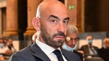 Matteo Bassetti Minacciato No Vax