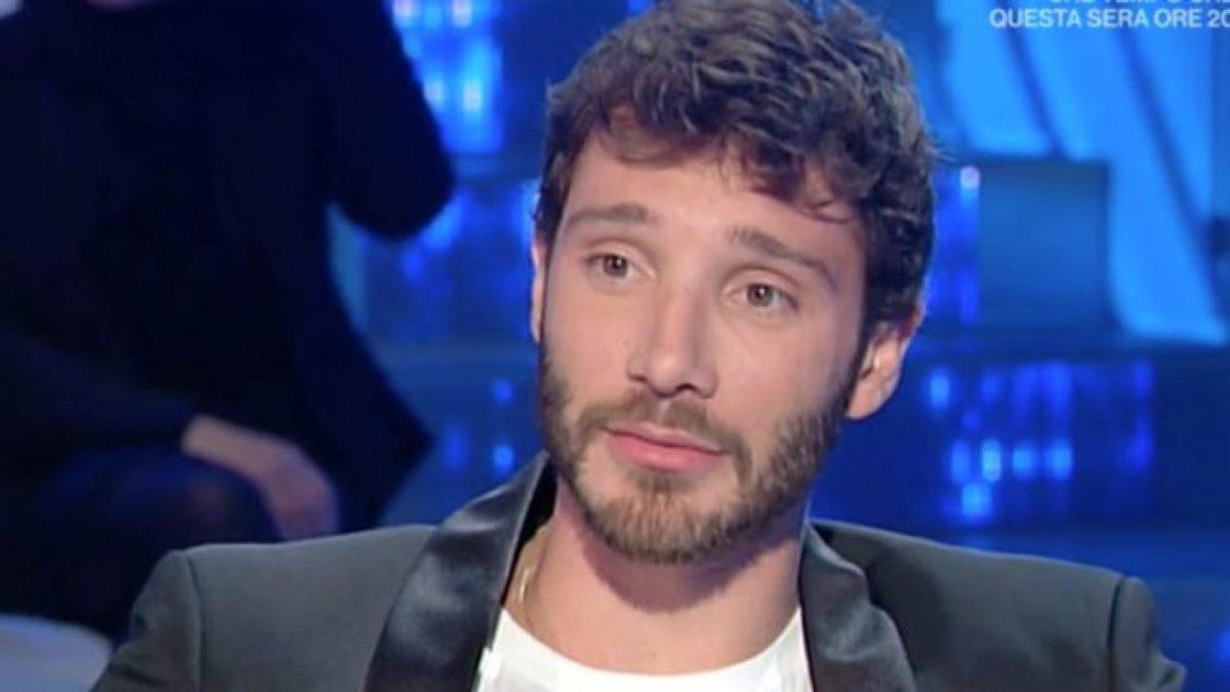 Stefano De Martino Via Amici Elodie Successore