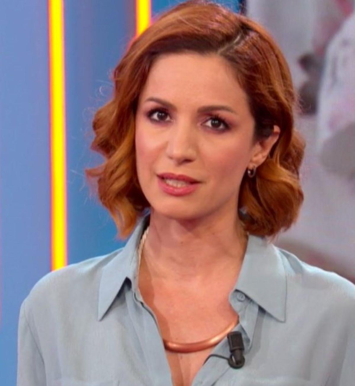 Andrea Delogu Incidente Vacanza Caduta Scogli Dito Rotto