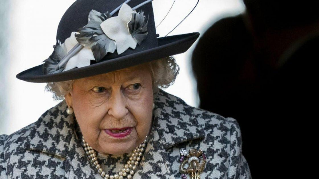 Regina Elisabetta No Presenza Battesimo Lilibet