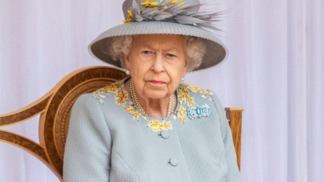 Regina Elisabetta Paura Membro Staff Coronavirus