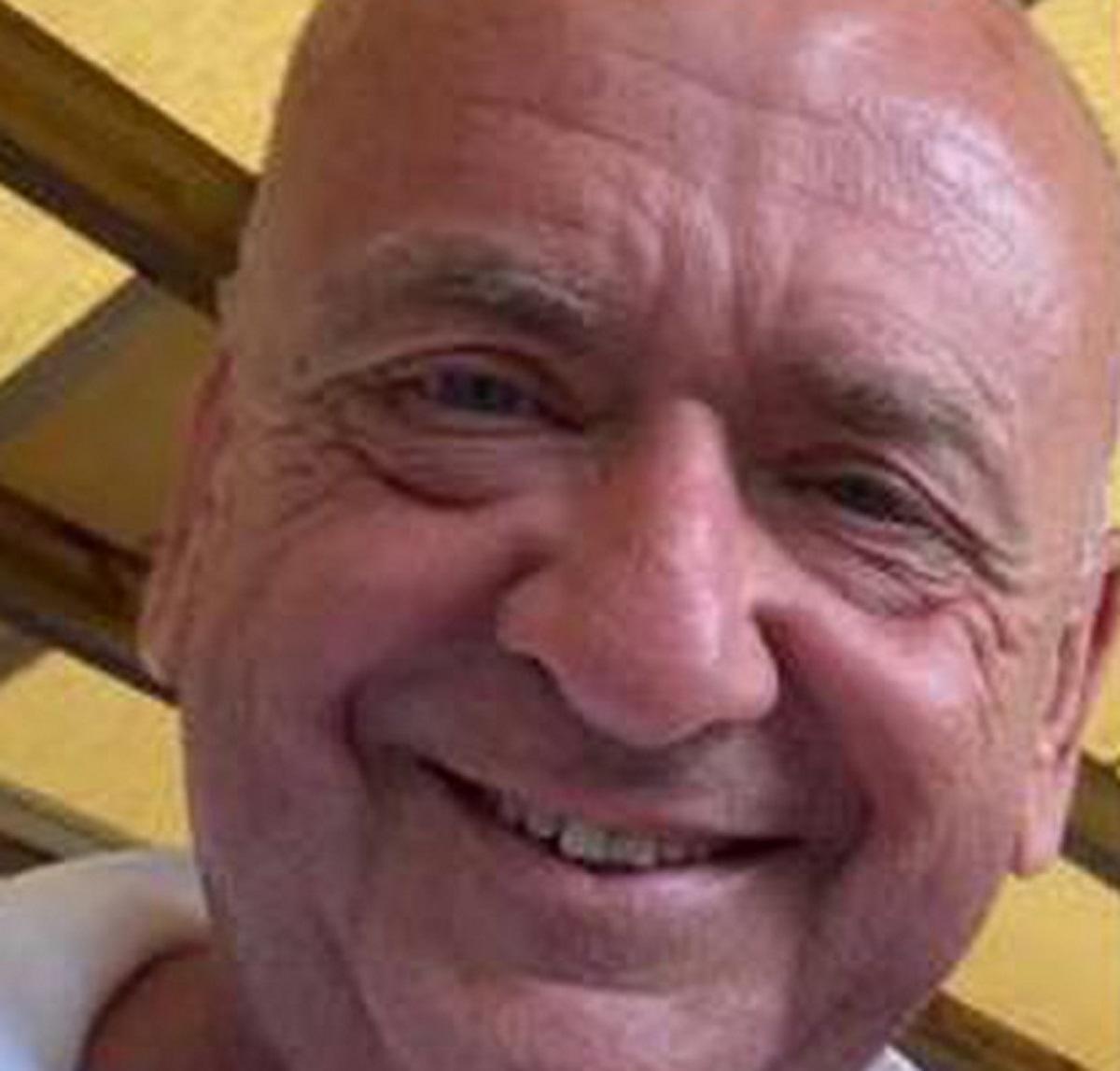 Pesaro Francesco Soriani 65 anni morto infarto spiaggia