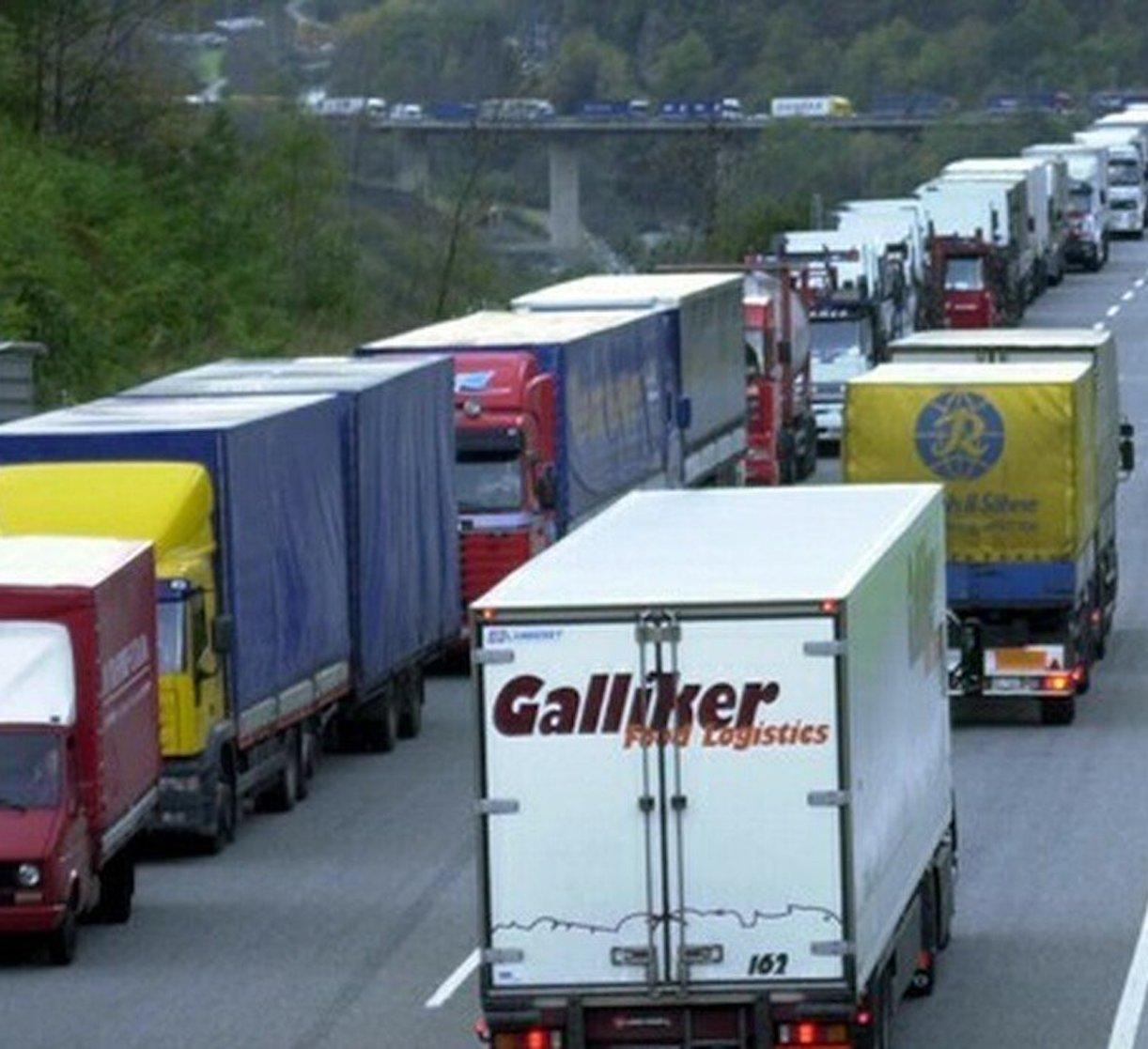 Gerardo Napoli camionisti 3mila euro