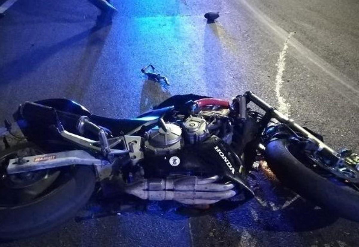 Luca Vignetti Morto Incidente Stradale Moto Cepagatti Pescara