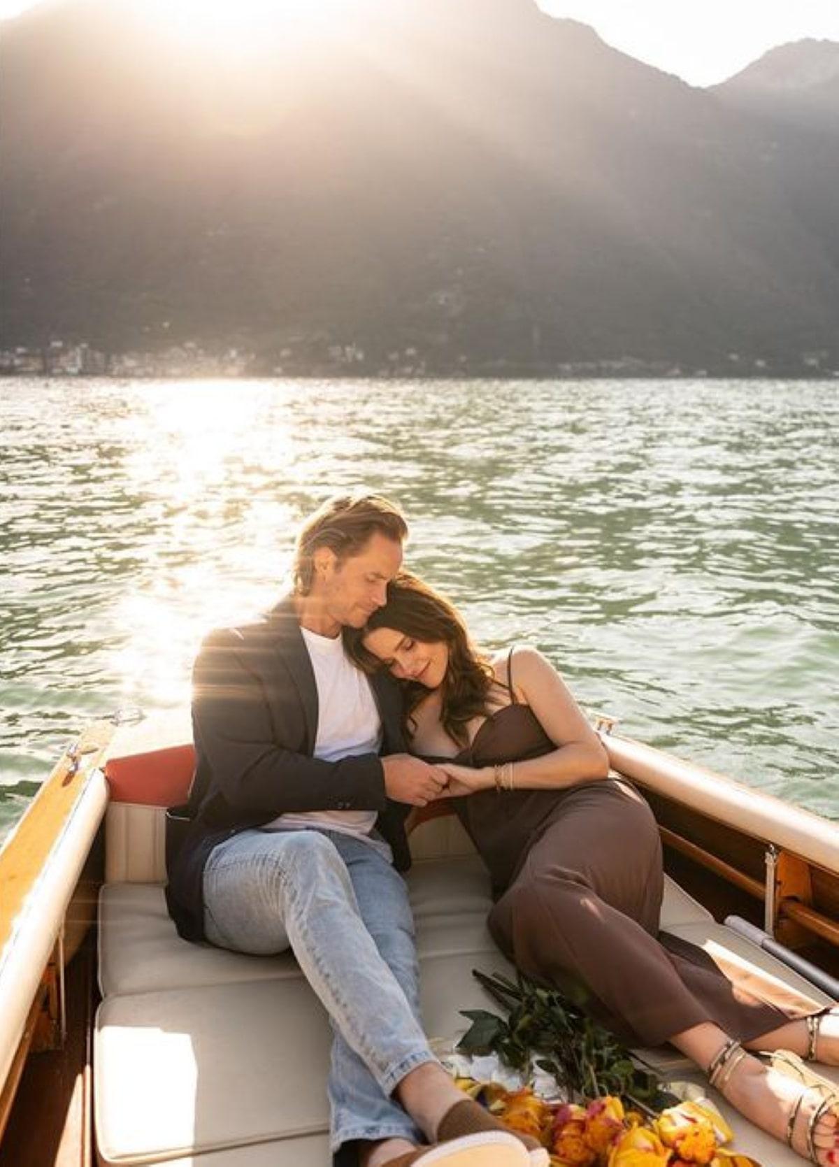 Matrimonio Attrice Sophia Bush Grant Hughes Lago di Como