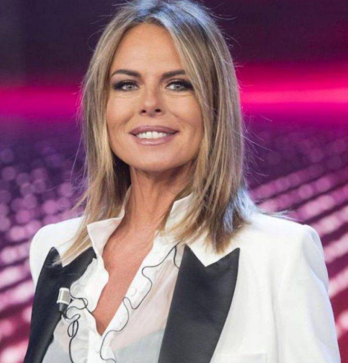 Paola Perego Annuncio Nonna Seconda Volta Incinta Figlia Giulia Carnevale
