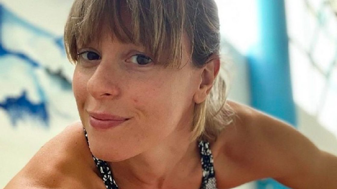 """Federica Pellegrini, selfie in bagno e un particolare alle spalle: """"E quello?!"""""""