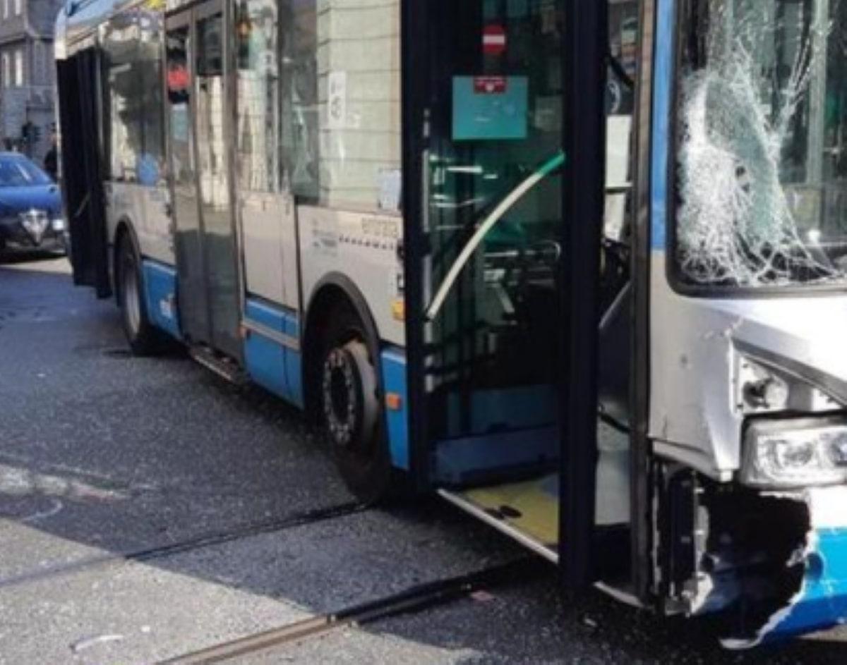Trieste Incidente Scooter Bus Morta Margherita Primossi