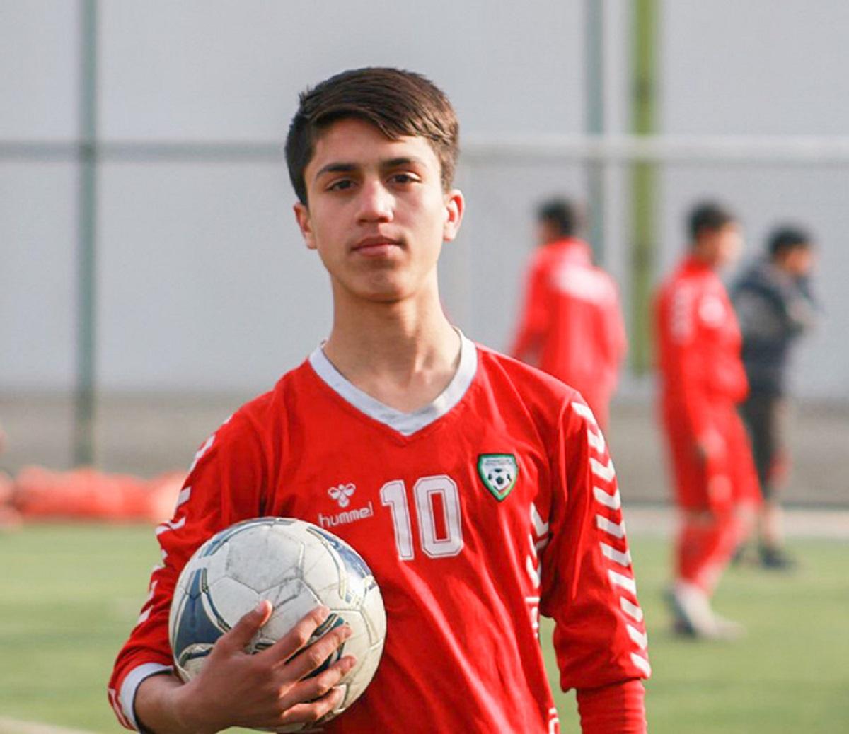 Zaki Anwari morto falling men Afghanistan promessa calcio nazionale