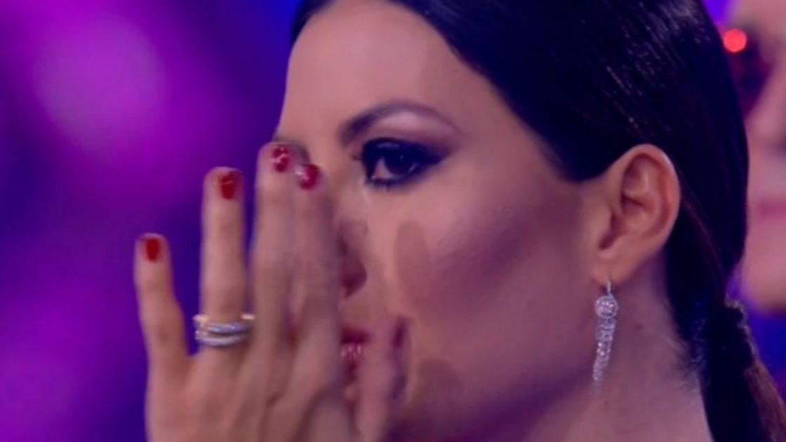 Alessandra Amoroso commuove elisabetta gregoraci