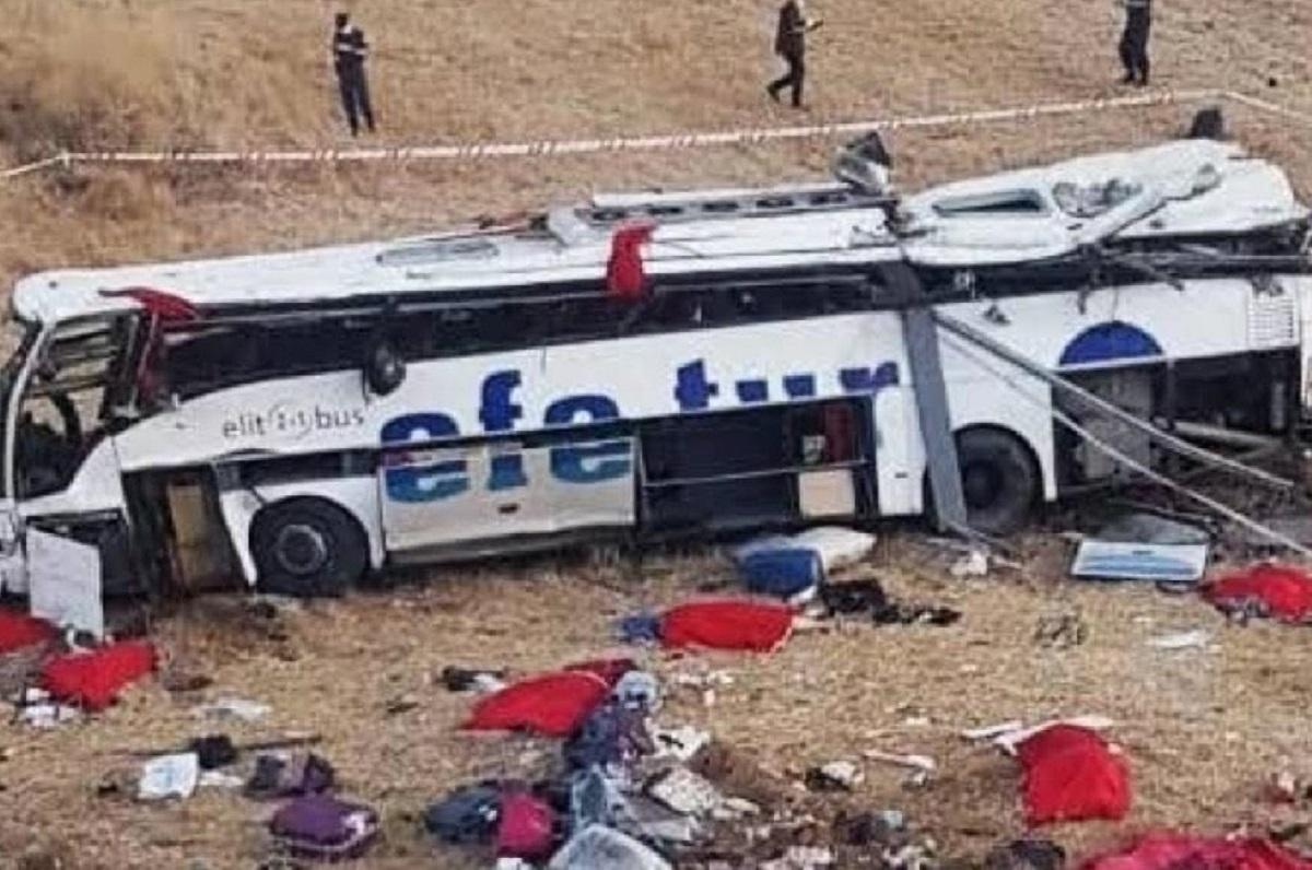 incidente bus turchia