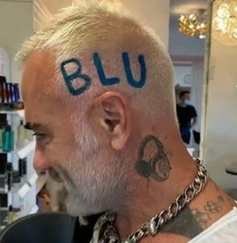 Gianluca Vacchi blu