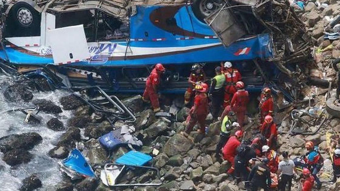 incidente perù bus morti