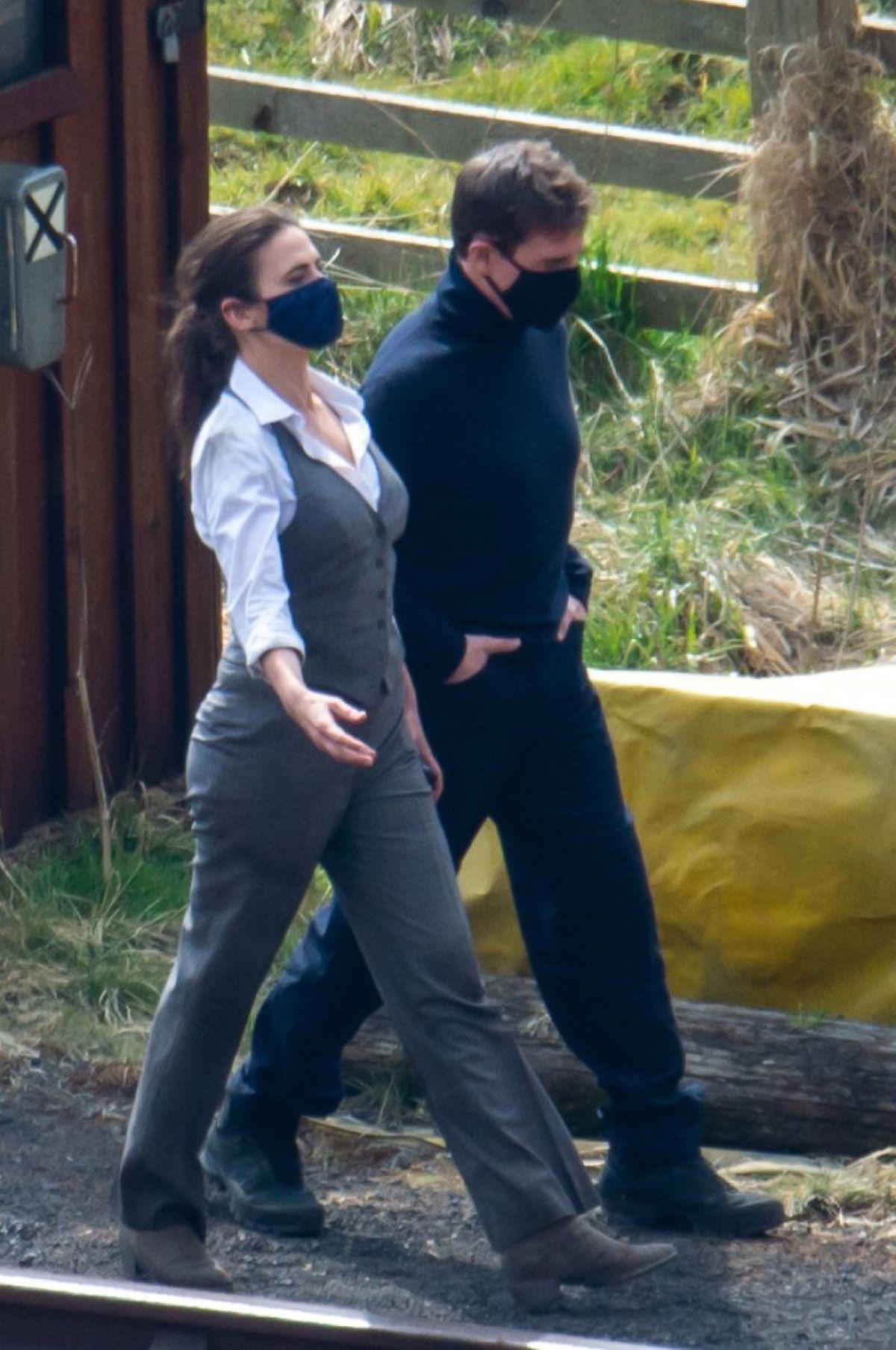 Tom Cruise Separazione Hailey Atwell Dopo Un Anno