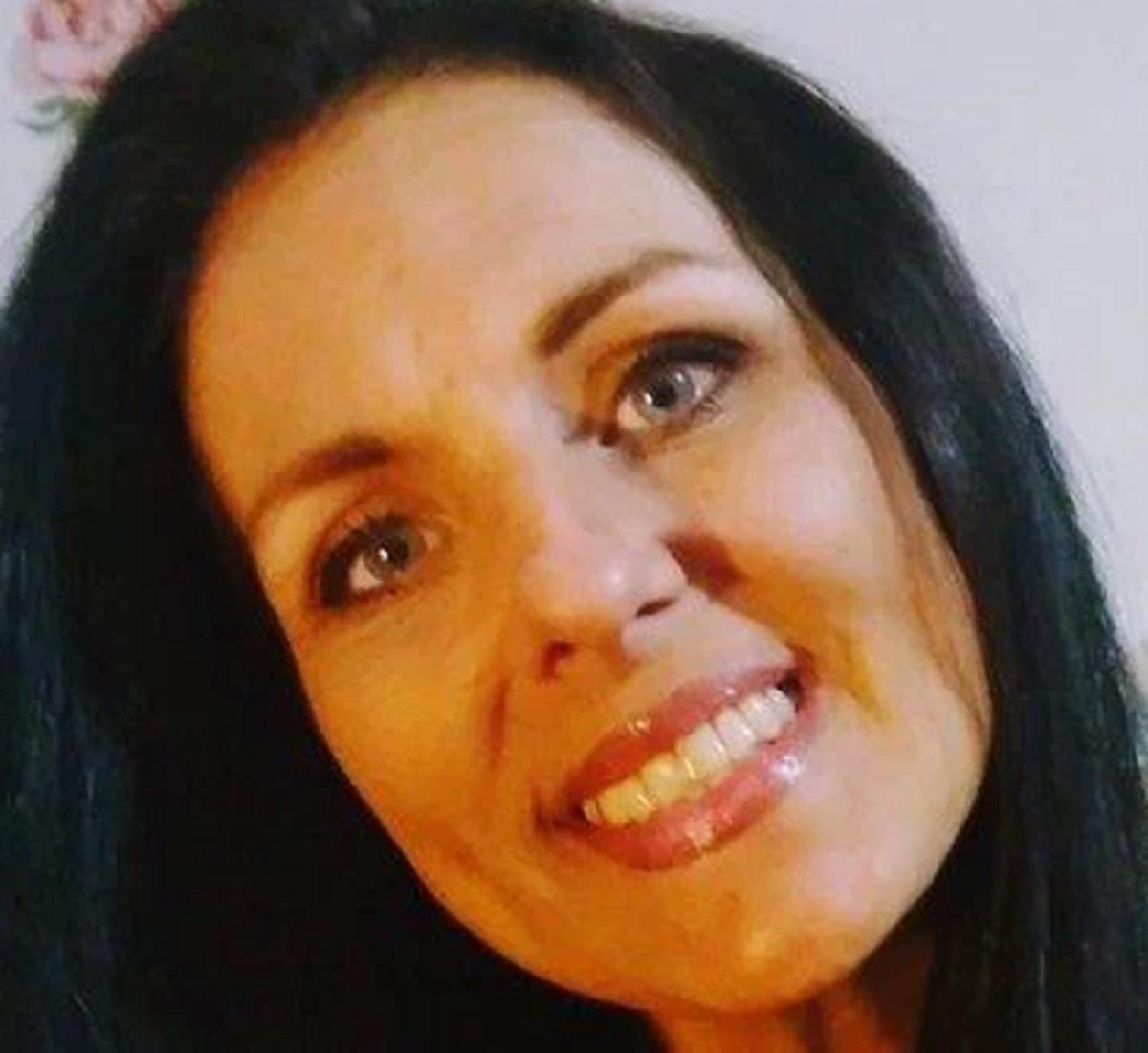 Amber LaBelle 42 anni morta sbranata cane