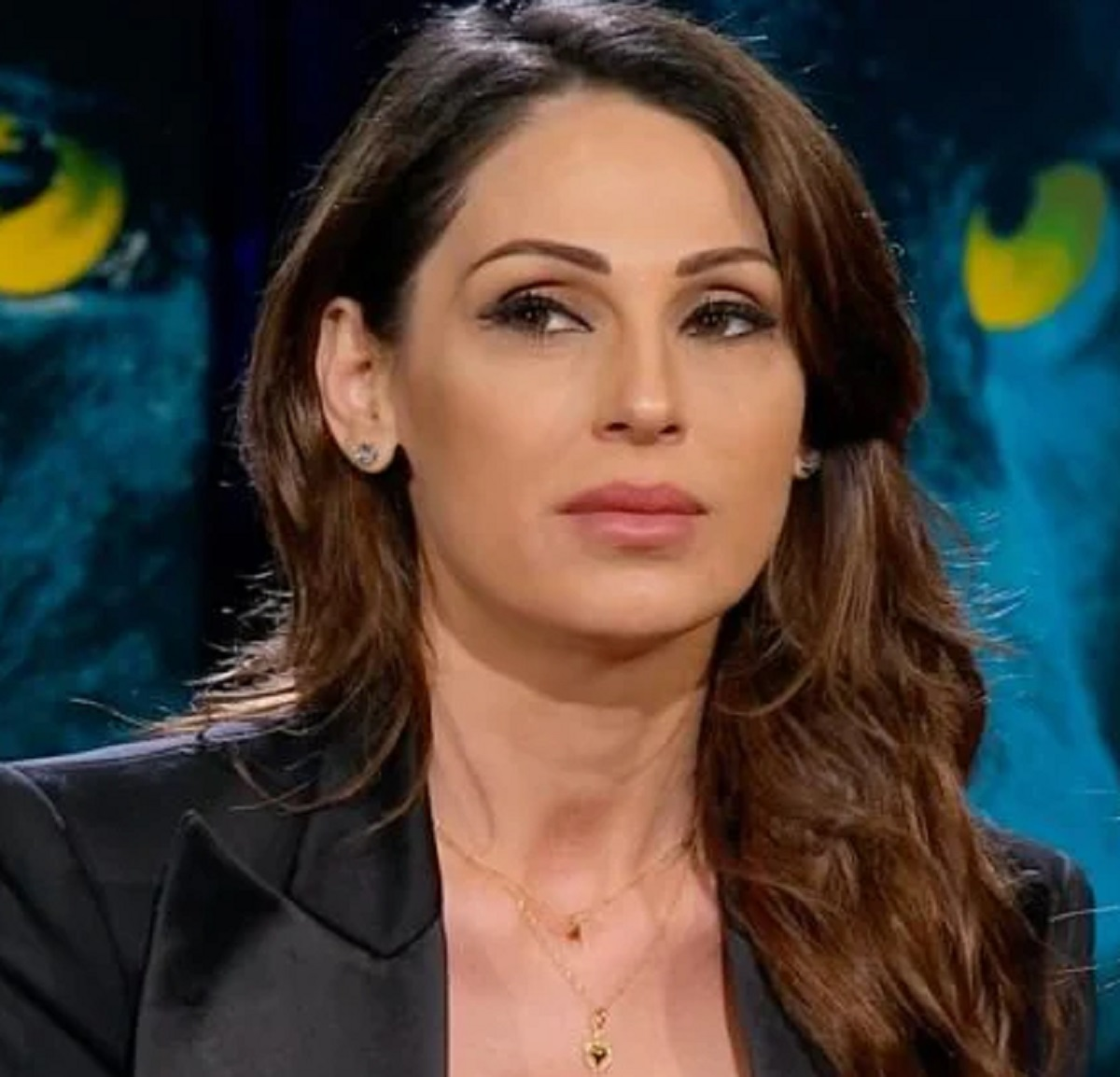 Anna Tatangelo critiche confessione passato