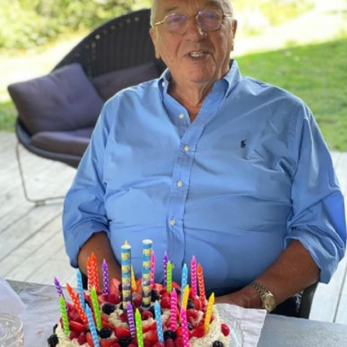 Antonella Clerici compleanno papà 85 anni regalo Maelle