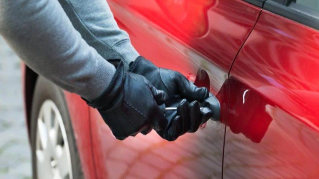 Ladri Auto Telecomando Consigli Polizia