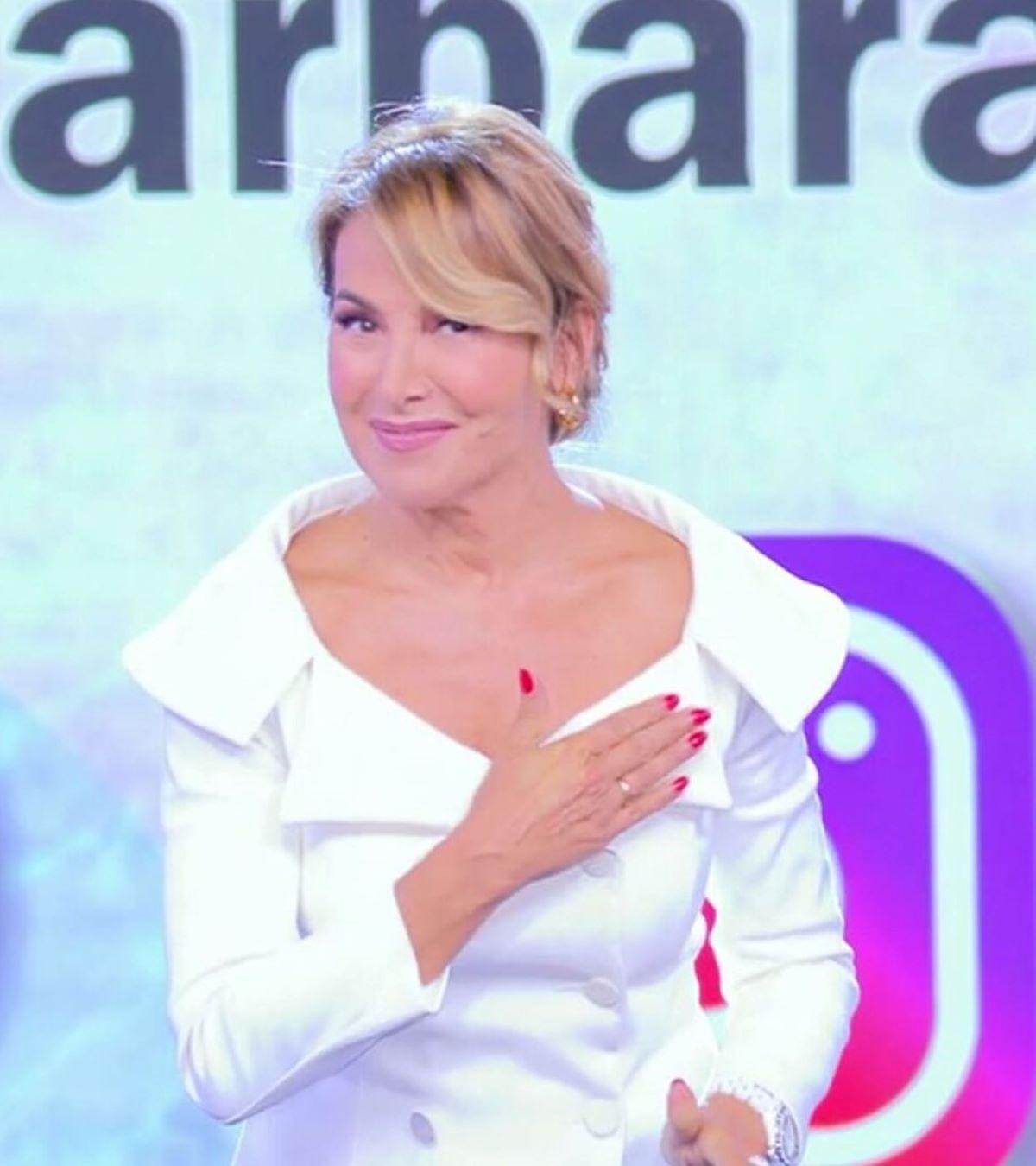 Barbara D'Urso Assente Domenica Pomeriggio Mediaset Fan Chiedono Ritorno