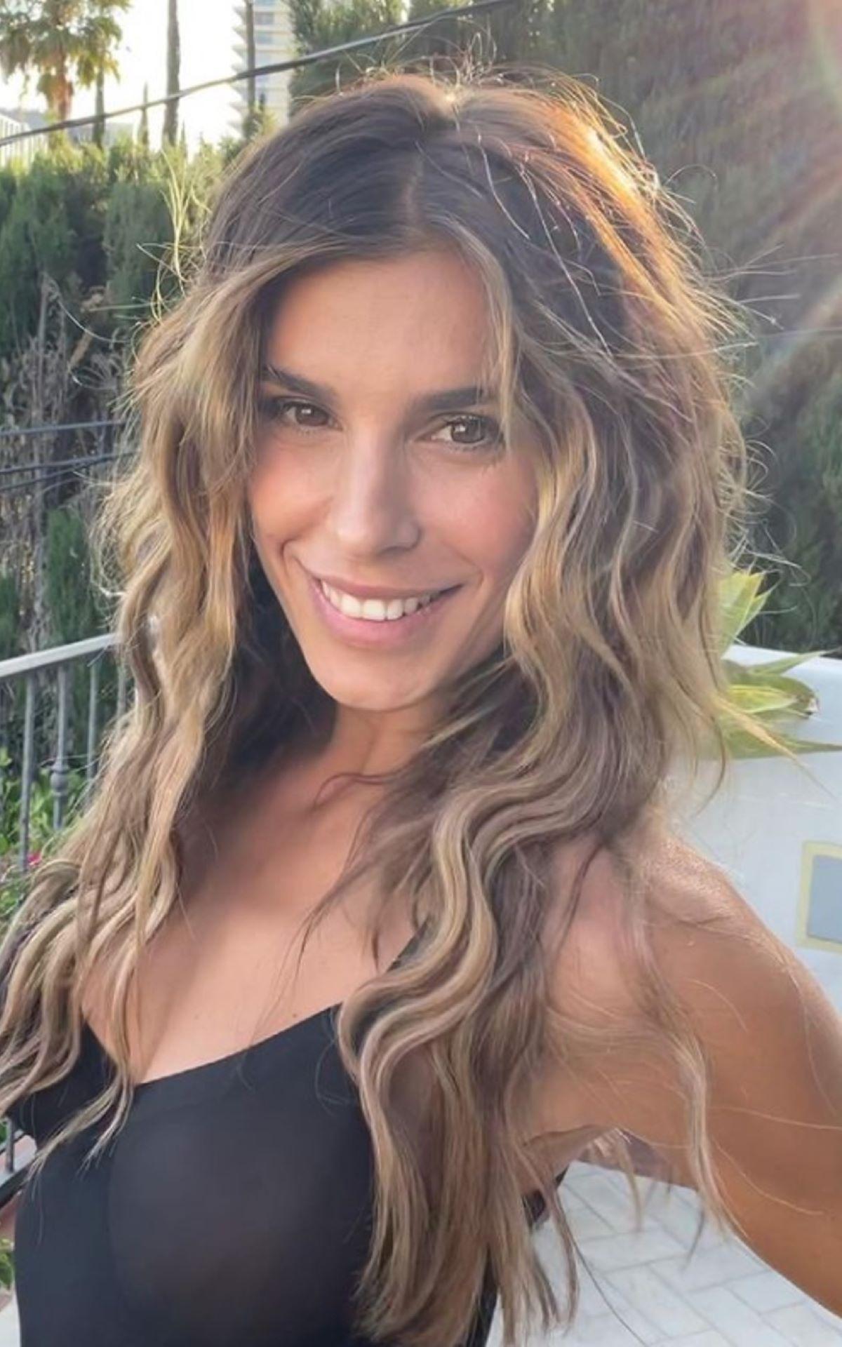 Elisabetta Canalis Regalo Compleanno Skyler Eva Album Foto