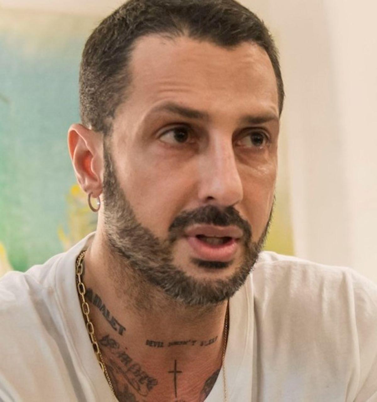 Fabrizio Corona Querela Gestore Locale Reato Truffa