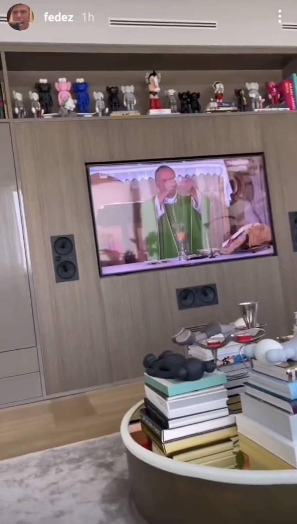 Fedez leone tv messa