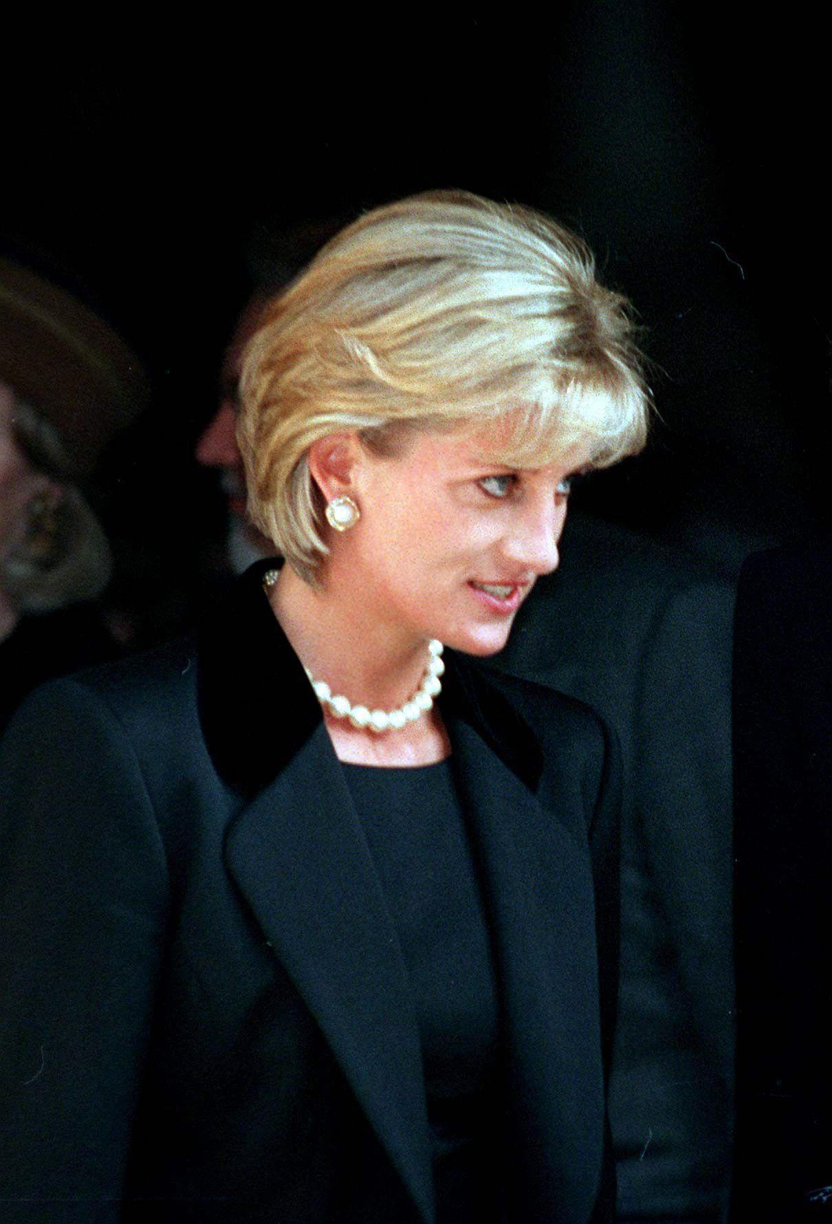 Lady Diana Prima Morte Obiettivo Trasferimento Malibu Harry William