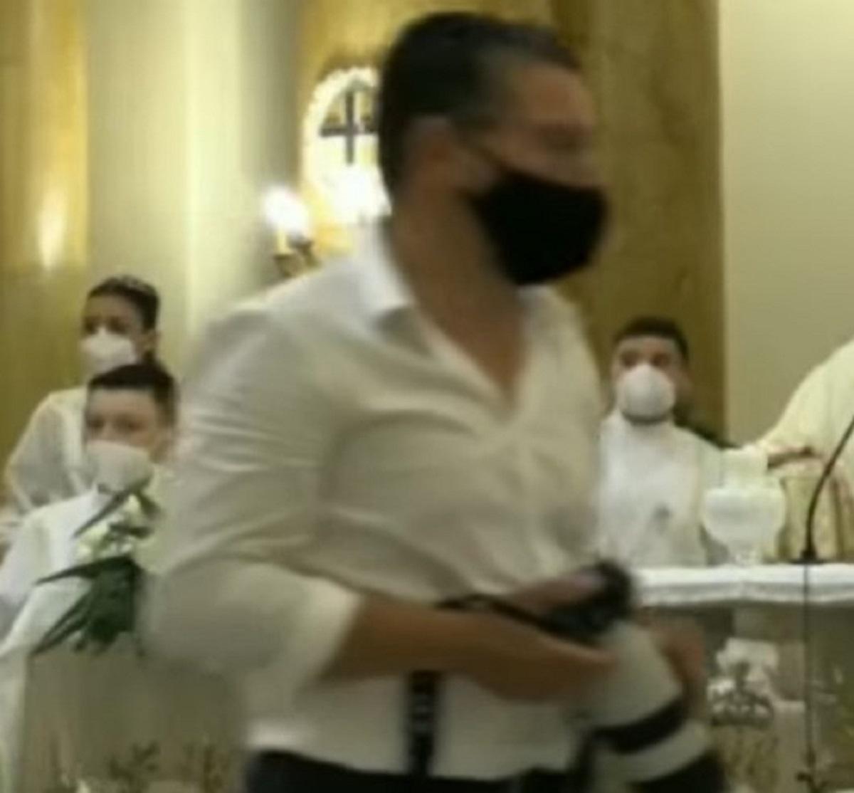Acireale lite comunione Sebastiano Giovanni Grasso 43 anni ferito colpo pistola