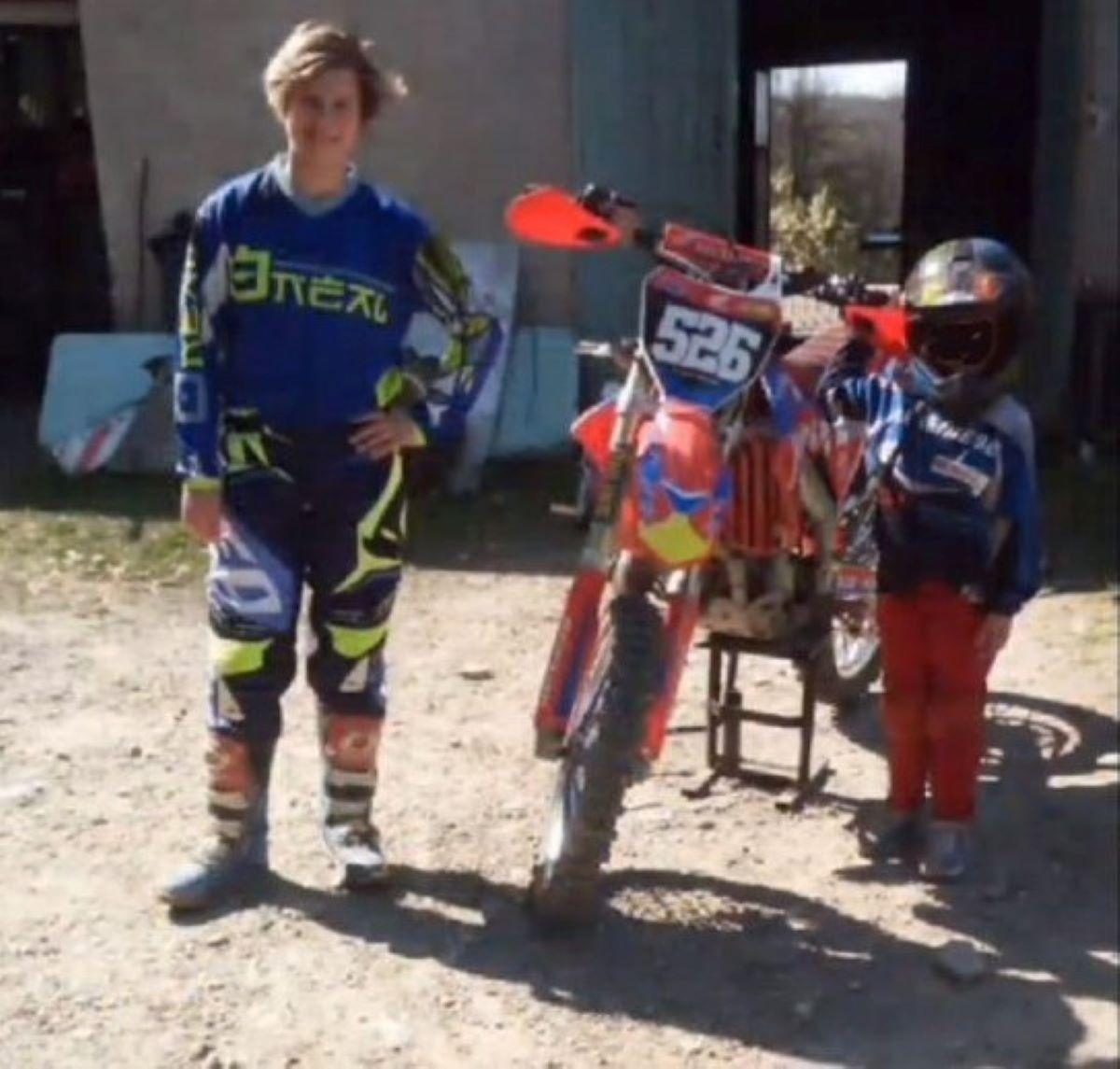 Martina Lilla Morta 16 Anni Novara Incidente Moto Cross Trattore Padre