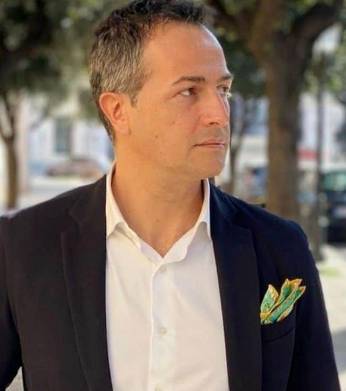 Riccardo Guarnieri Foto Fisico Scolpito Critiche Magro