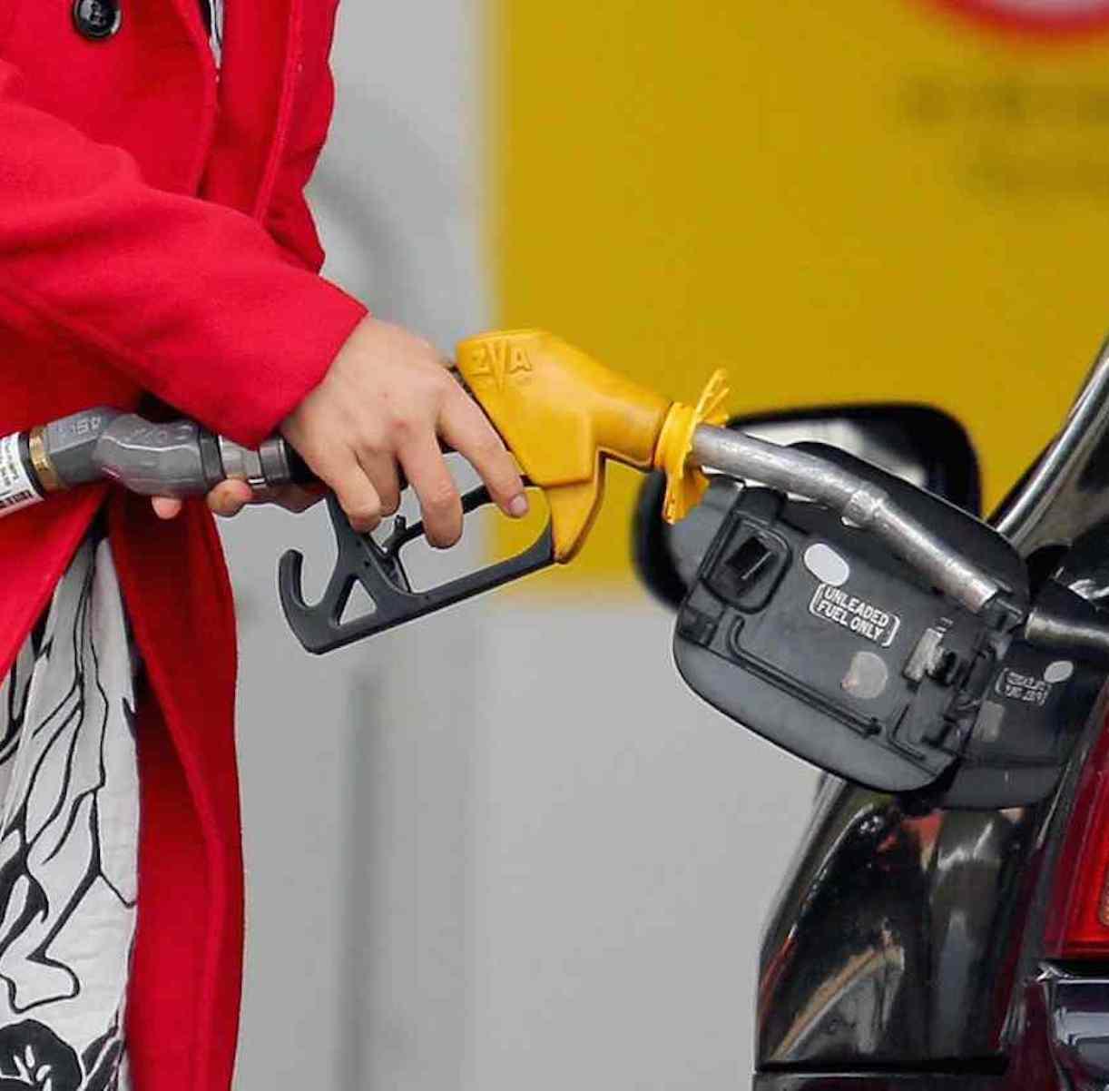 benzina costo record 2021