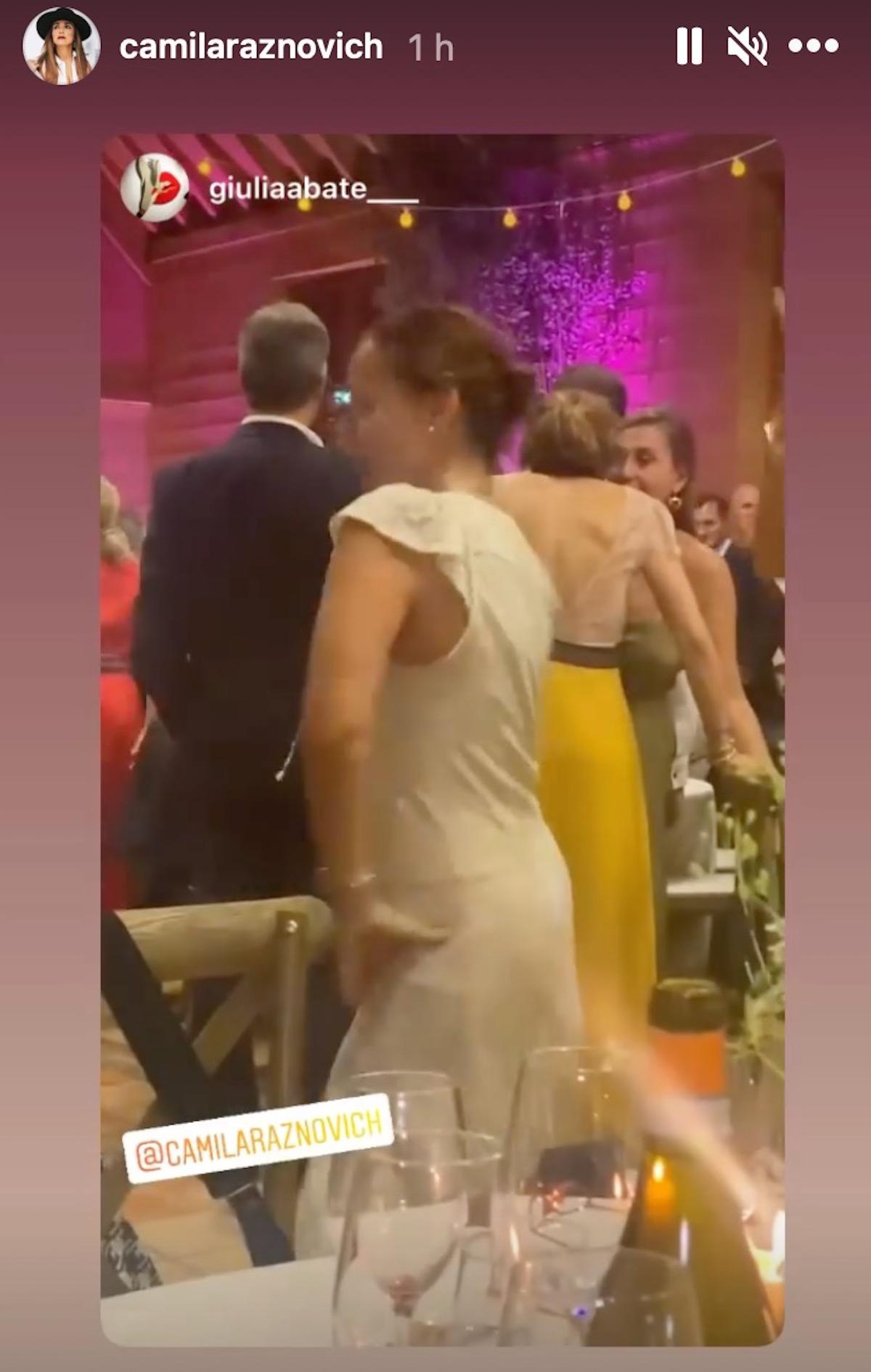 Matrimonio country chic per la conduttrice: ha detto ancora sì, ma stavolta in bianco