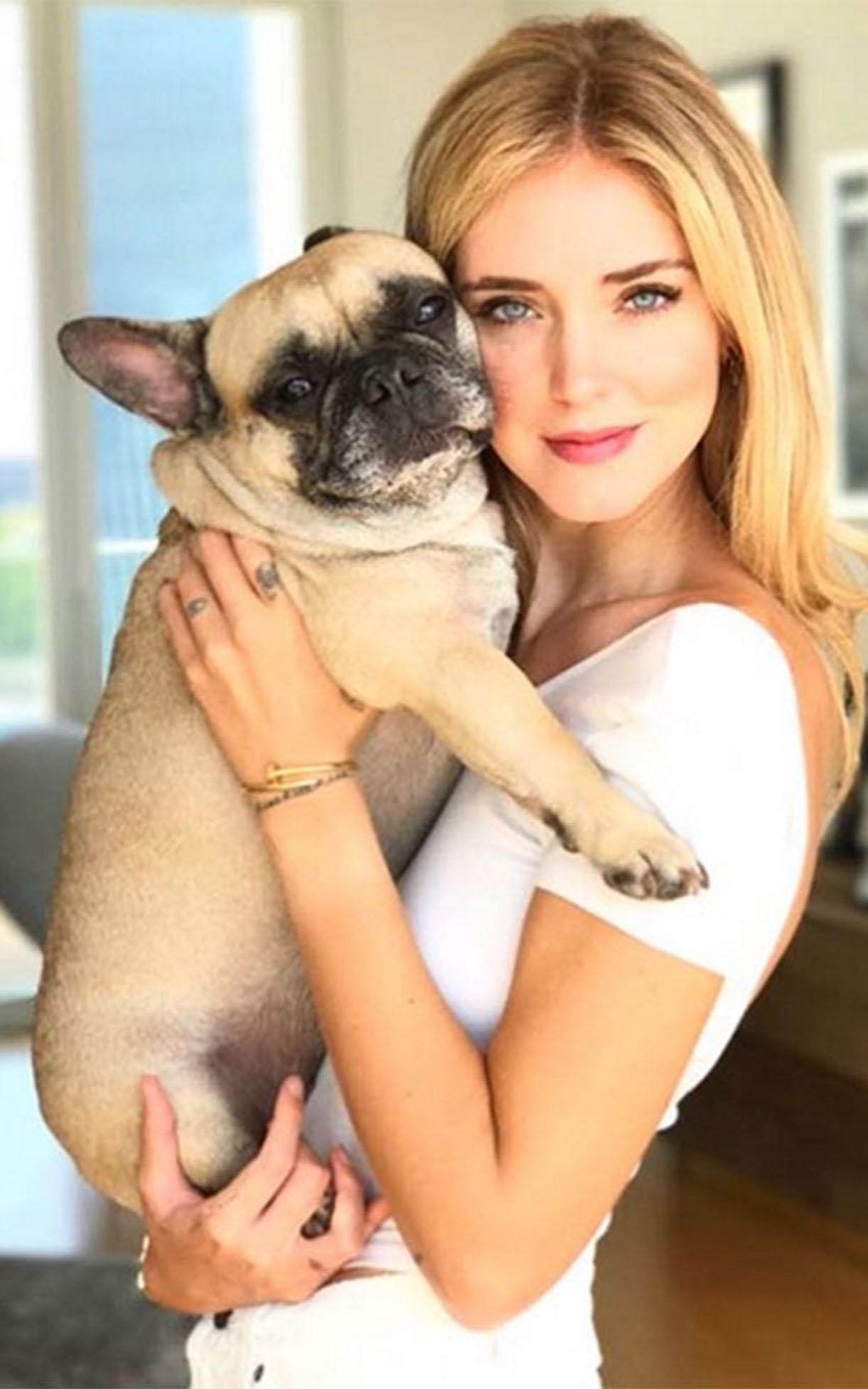 Chiara Ferragni cane sorella