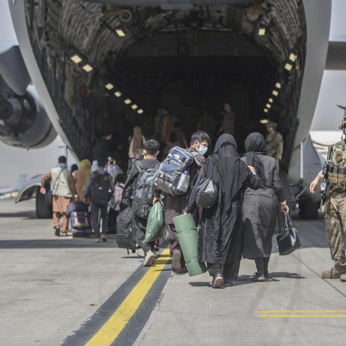 fuga aeroporto kabul