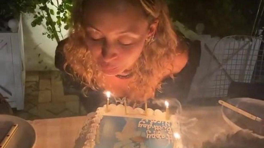 Nicole Richie compleanno fuoco torta
