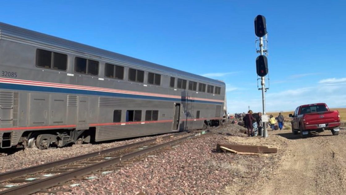 treno deraglia montana usa