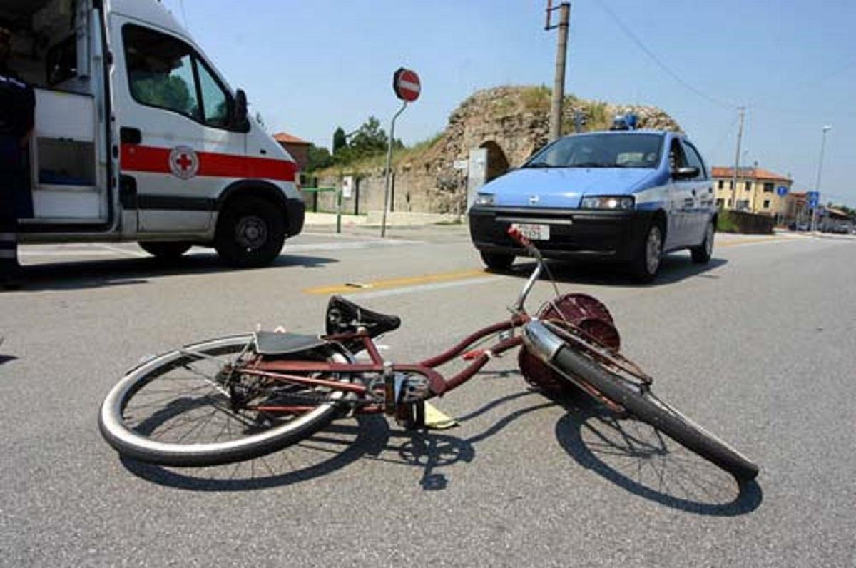 Padova Emanuela Brahj 11 anni morta incidente bicicletta