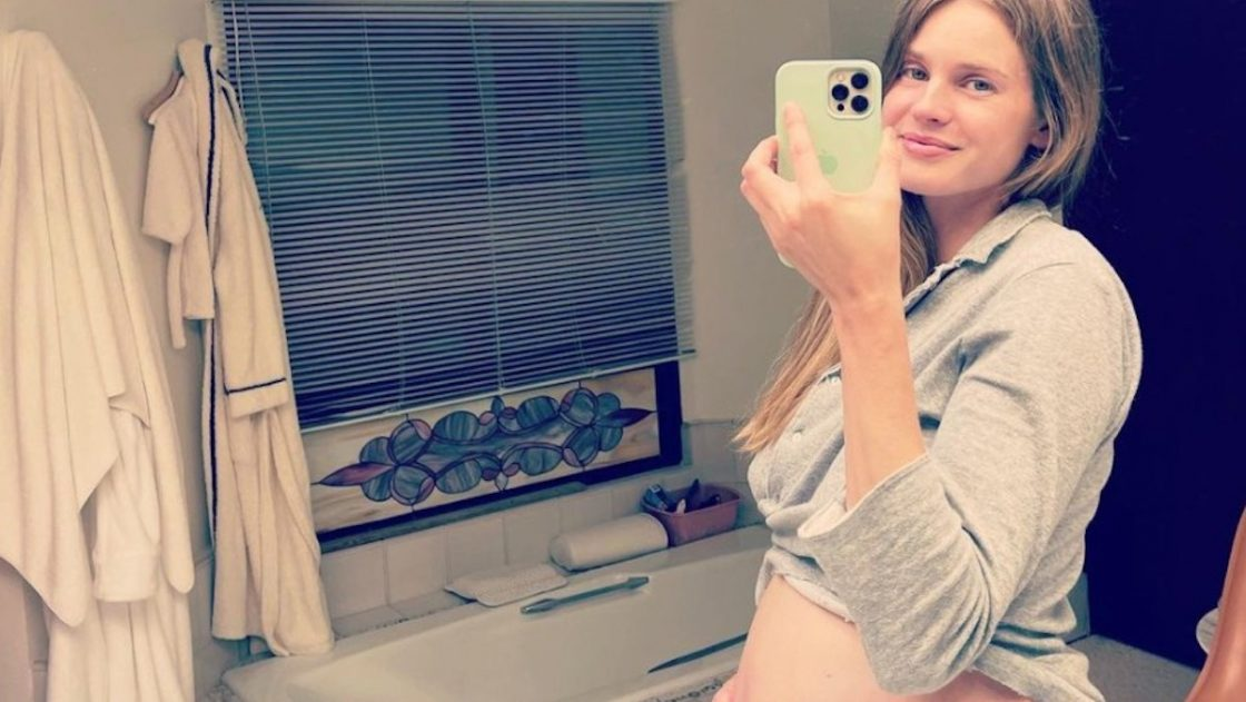 vanessa hessler incinta